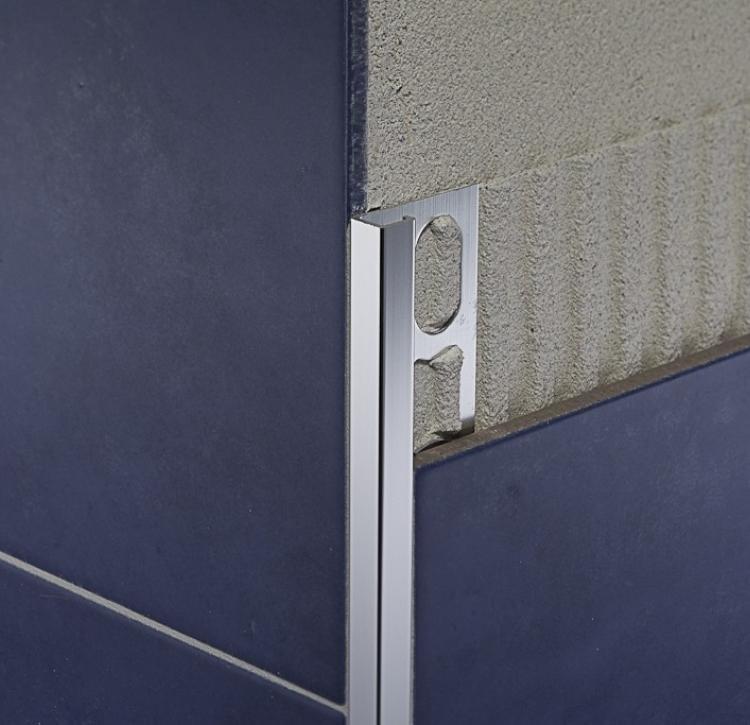 ZQBSN/10 - profil pro venkovní roh, hliník lesklý kartáčovaný černý 270 cm